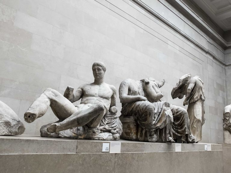 Ελληνες αρχαιολόγοι στο Βρετανικό Μουσείο   tovima.gr