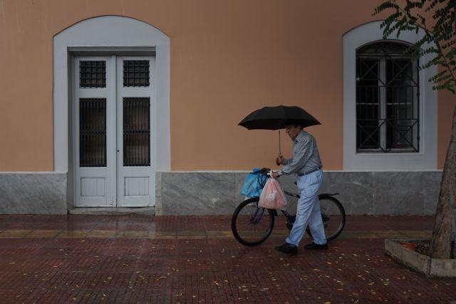 Καιρός: Πού θα βρέξει τις επόμενες ώρες | tovima.gr