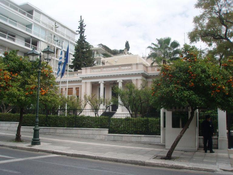 Τρεις ανατροπές αλλάζουν το πολιτικό σκηνικό   tovima.gr