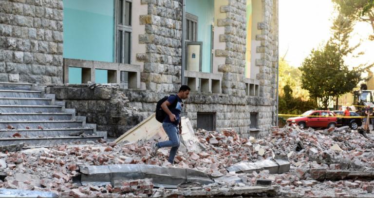 Αλβανία: Ανυπολόγιστες οι υλικές ζημιές από τον σεισμό | tovima.gr