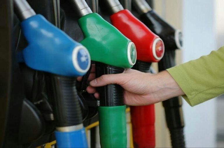 Συναγερμός για κερδοσκοπικά φαινόμενα στην αγορά πετρελαίου | tovima.gr