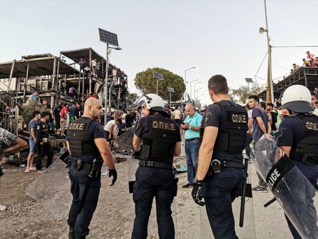 Προσφυγικό : Συναγερμός στην κυβέρνηση μετά τα επεισόδια και τους 2 νεκρούς στη Μόρια – Αποφασίζει μέτρα | tovima.gr