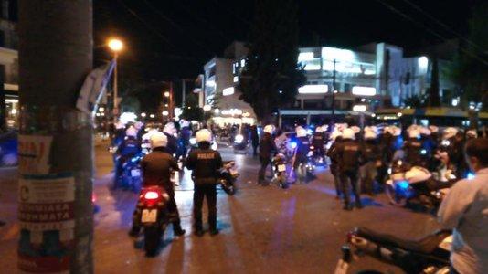Ήρωας αστυνομικός : Έσωζε ζωές στο Μάτι και κινδύνεψε να χάσει τη δική του από χούλιγκαν | tovima.gr