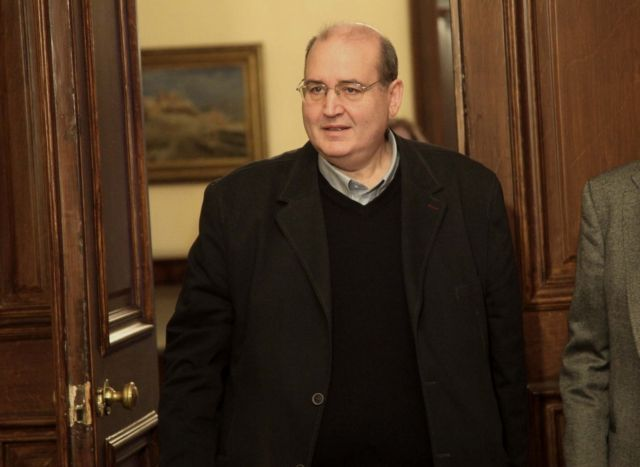 Φίλης : «Θετική μετατόπιση» ΣΥΡΙΖΑ να μην ψηφίσει τις συμβάσεις για τους υδρογονάνθρακες | tovima.gr