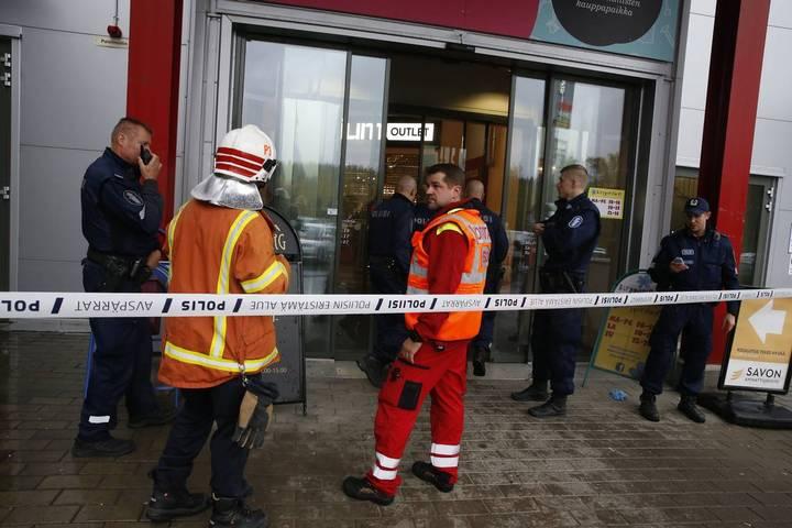 Φινλανδία: Πυροβολισμοί με 1 νεκρό και πολλούς τραυματίες σε εμπορικό κέντρο | tovima.gr