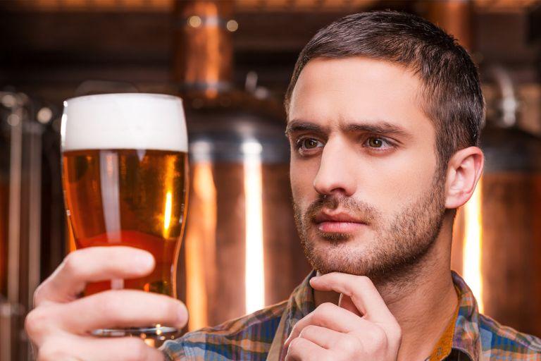 Και οι μέλλοντες πατεράδες πρέπει να απέχουν από το αλκοόλ | tovima.gr