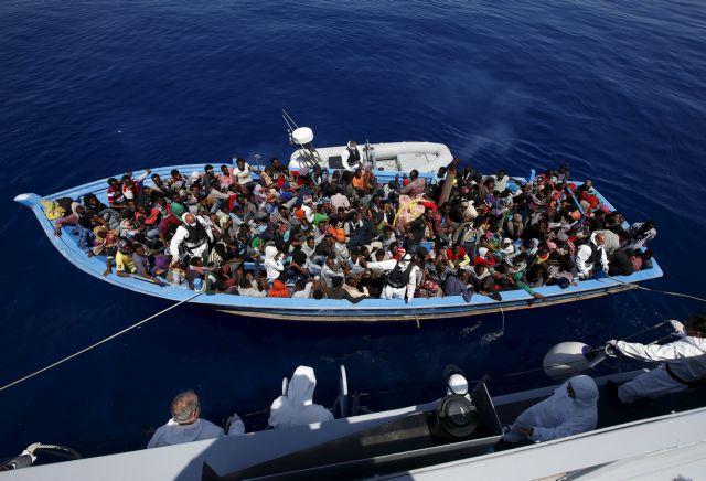 Προσφυγικό : Στους 13 οι νεκροί από το ναυάγιο στη Λαμπεντούζα   tovima.gr