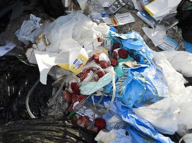 Την εφαρμογή της οδηγίας για τα απόβλητα ζητά η ΕΕ | tovima.gr