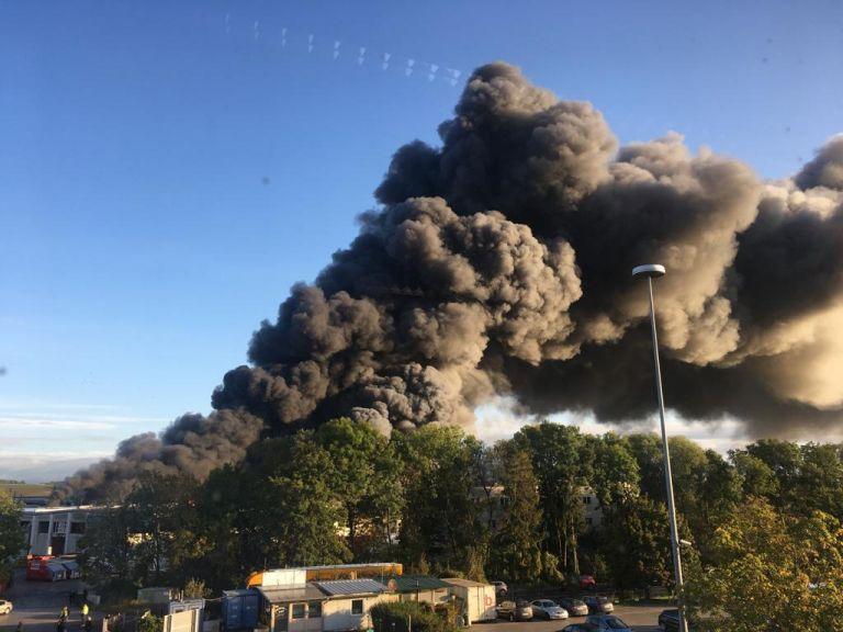 Αυστρία : Δύο σοβαρά τραυματίες από έκρηξη σε μονάδα αποκομιδής απορριμάτων | tovima.gr