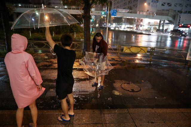 Ιαπωνία : Ο τυφώνας Χαγκίμπις χτυπάει τη χώρα – Δύο νεκροί | tovima.gr