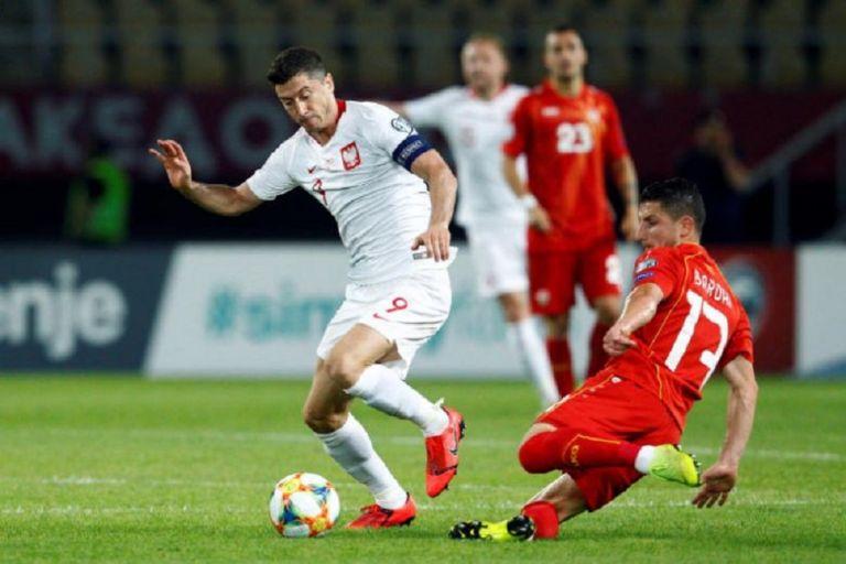 Πολωνία-Βόρεια Μακεδονία 2-0   tovima.gr