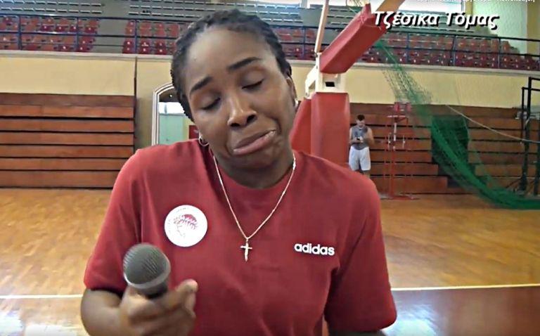 «Άσπρη πέτρα ξέξασπρη»: Οι παίκτριες του Ολυμπιακού χαρίζουν άφθονο γέλιο (vid) | tovima.gr