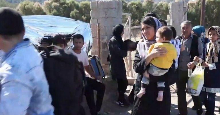 «Ασφυξία» στη Μόρια: Ξεπέρασαν τους 15.000 οι πρόσφυγες – «Στο κόκκινο» και η Σάμος | tovima.gr