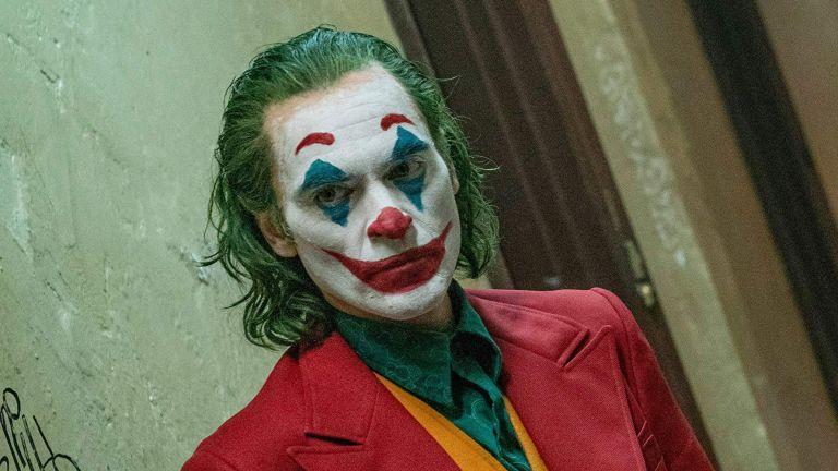 «Joker» : Νόμος… 4000 στην Αθήνα – Εφοδος της αστυνομίας σε κινηματογράφο   tovima.gr