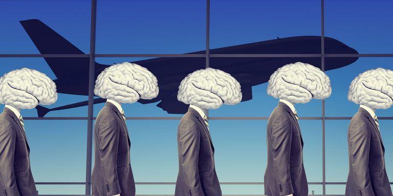 Τι φταίει για το brain drain – Οι απαιτήσεις της αγοράς εργασίας | tovima.gr