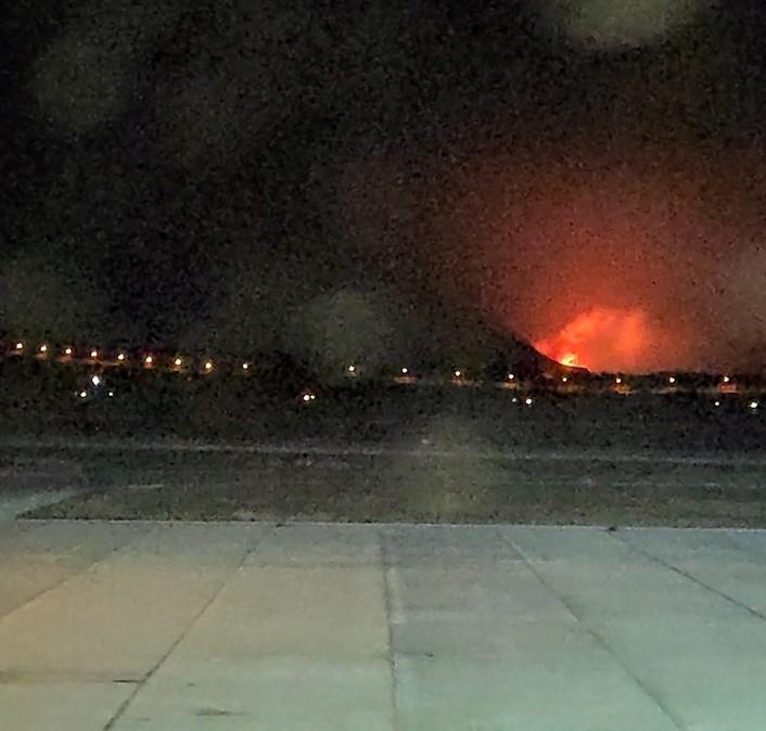 Πόρτο Ράφτη: Μεγάλη φωτιά κοντά σε κατοικημένη περιοχή | tovima.gr