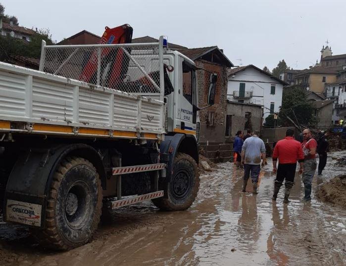 Ιταλία : Σαρωτικές πλημμύρες και καταστροφές – ένας νεκρός | tovima.gr