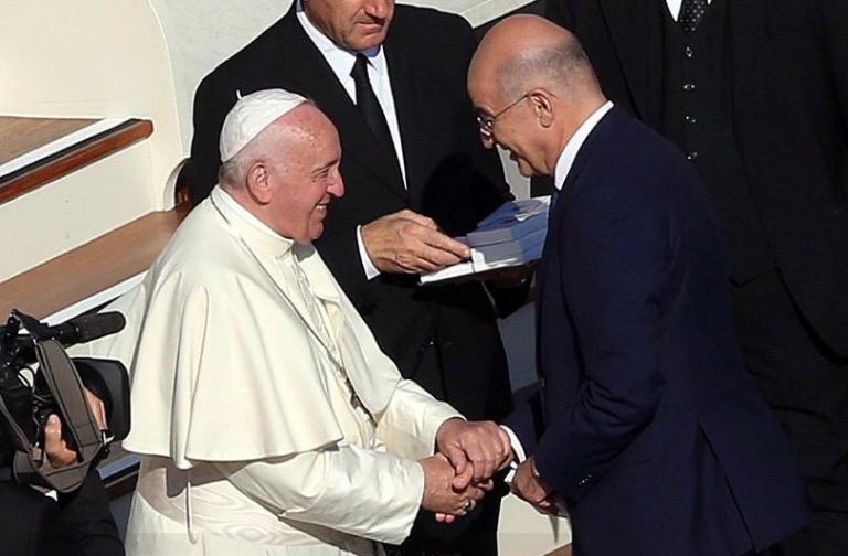 Τετ α τετ Δένδια – Πάπα Φραγκίσκου – Τι συζήτησαν   tovima.gr