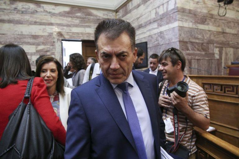 Βρούτσης – Τζανακόπουλος: Αγρια κόντρα στη Βουλή  για τις εκκρεμείς συντάξεις | tovima.gr