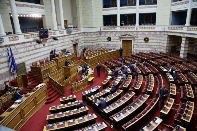 Αντιπαράθεση κυβέρνησης – ΣΥΡΙΖΑ στη συζήτηση για το Αναπτυξιακό | tovima.gr