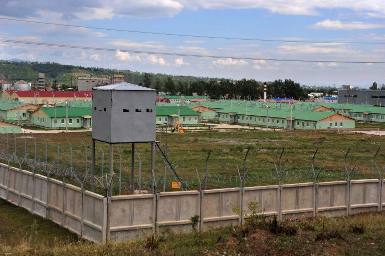 Ρωσία : Νεκροί και τραυματίες μετά από πυροβολισμούς σε στρατιωτική βάση | tovima.gr