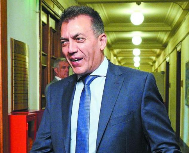 Γ. Βρούτσης : Αυξήσεις και αναδρομικά για τις νέες κύριες και επικουρικές   tovima.gr