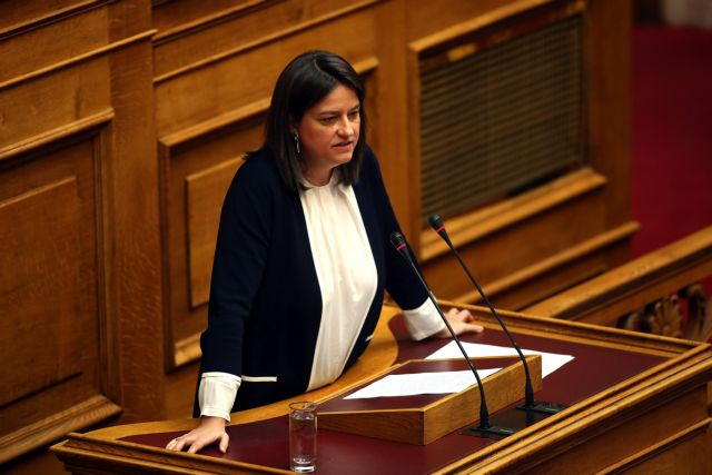 Ερχονται αλλαγές στα θρησκευτικά – Τι ανακοίνωσε η Κεραμέως   tovima.gr