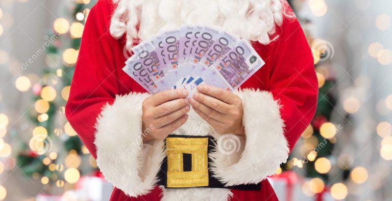 Πλεόνασμα : Ο Αη Βασίλης έρχεται με δώρα | tovima.gr