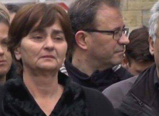 Mητέρα Τοπαλούδη : «Ζω έναν καθημερινό θάνατο, μου κατέστρεψαν τη ζωή» | tovima.gr