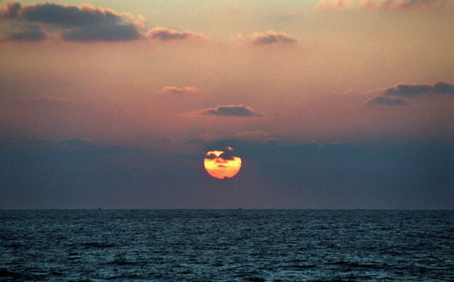 SOS για την κλιματική αλλαγή : Ανοδος της στάθμης της Μεσογείου έως 2 μέτρα | tovima.gr