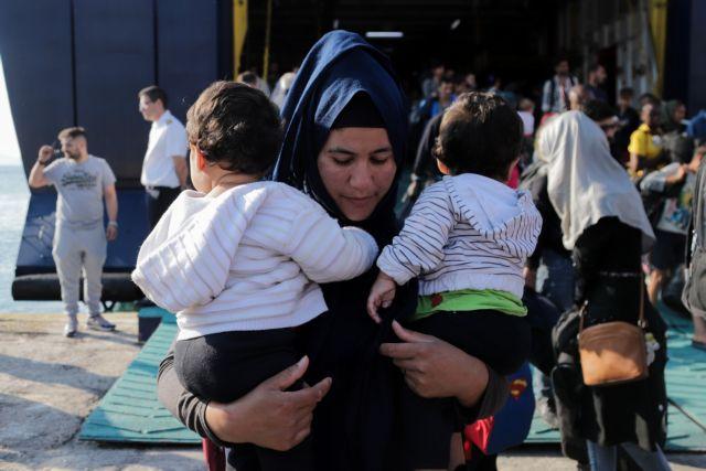 Χρυσοχοΐδης : Στόχος η ένταξη και ενσωμάτωση των προσφύγων | tovima.gr