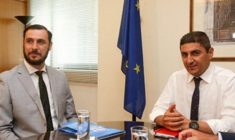 Αυγενάκης: Δεν μπορούμε να μένουμε στις απαγορεύσεις, θέλουμε μετακινήσεις φιλάθλων | tovima.gr