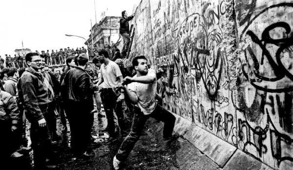 Το τείχος και τα τείχη: Μια θλιβερή απόληξη | tovima.gr