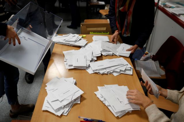 Ισπανία :  Μπροστά οι Σοσιαλιστές, χωρίς αυτοδυναμία – Διπλασιάζει τις έδρες η Ακροδεξιά   tovima.gr