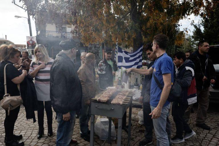 Διαβατά: Το αποτυχημένο Ρατσιστικό BBQ των «Ενωμένων Μακεδόνων»   tovima.gr