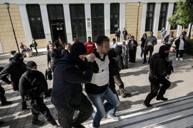 «Επαναστατική Αυτοάμυνα» : Τι κατέθεσε η ιδιοκτήτρια της «γιάφκας» στην Κυψέλη | tovima.gr