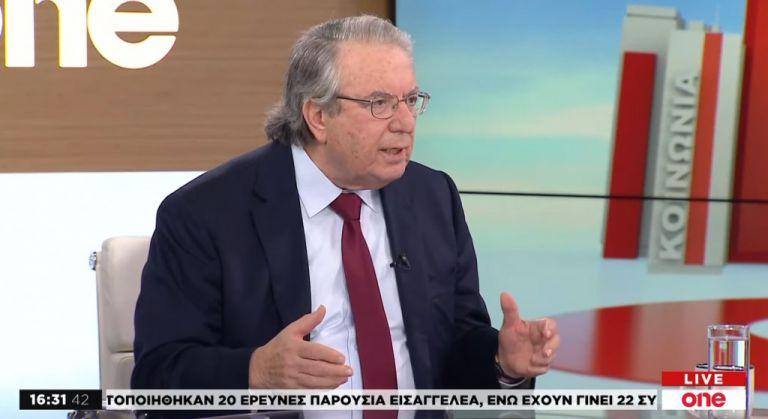 Γ. Μπαμπινιώτης στο One Channel: Τα πανεπιστήμια δεν κινδυνεύουν από φοιτητές | tovima.gr