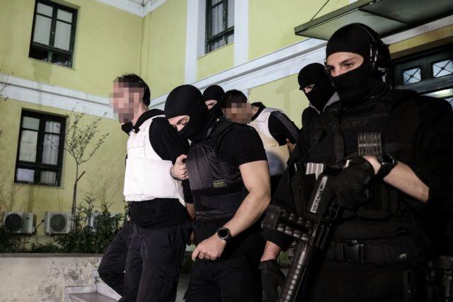 Επαναστατική Αυτοάμυνα : Στο μικροσκόπιο οι επαφές του καταζητούμενου με αντιεξουσιαστές | tovima.gr