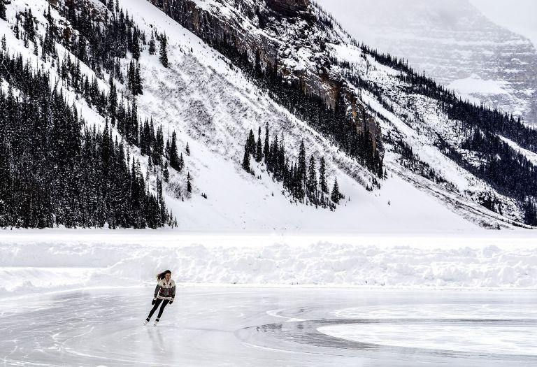 Γιατί γλιστράμε στον πάγο;   tovima.gr