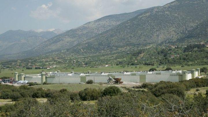 Φωκίδα : Κρατούμενος απέδρασε από τις φυλακές Μαλανδρινού | tovima.gr