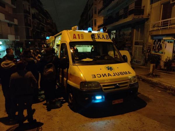 Εξάρχεια : Τραυματισμός γυναίκας από επίθεση των ΜΑΤ | tovima.gr