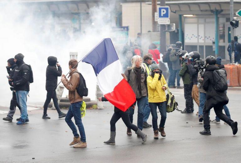 Γαλλία : Εκατοντάδες συλλήψεις διαδηλωτών του κινήματος των Κίτρινων Γιλέκων | tovima.gr