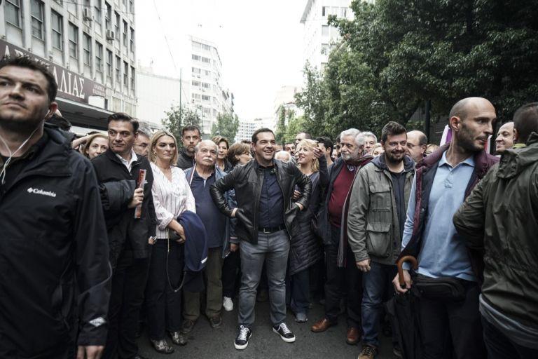 Θα ξανακατέβει ο Τσίπρας σε διαδήλωση; | tovima.gr