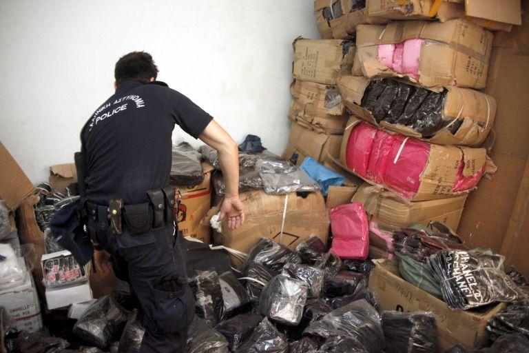 Παρεμπόριο : Επιβλήθηκαν πρόστιμα 14.000 ευρώ | tovima.gr