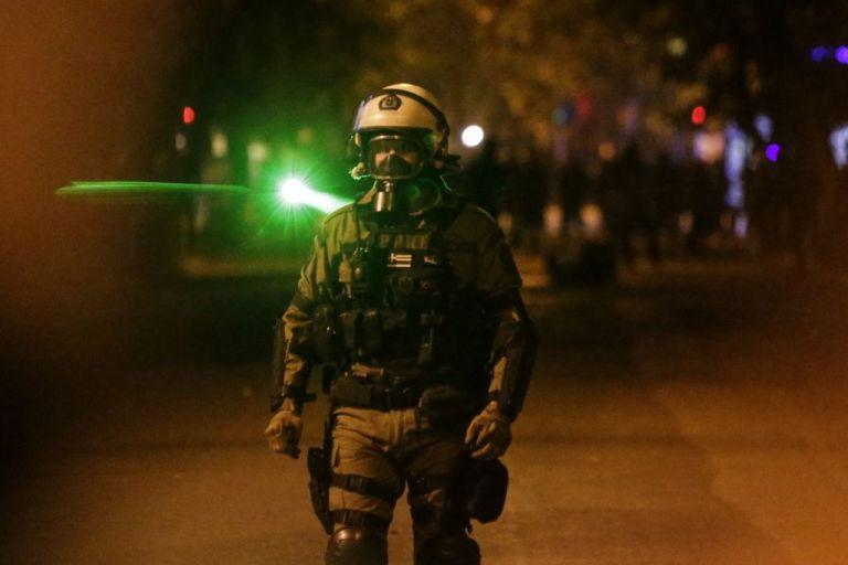 ΕΣΗΕΑ: Καταγγέλλουμε τα πρόσφατα κρούσματα αστυνομικής βίας εις βάρος δημοσιογράφων | tovima.gr