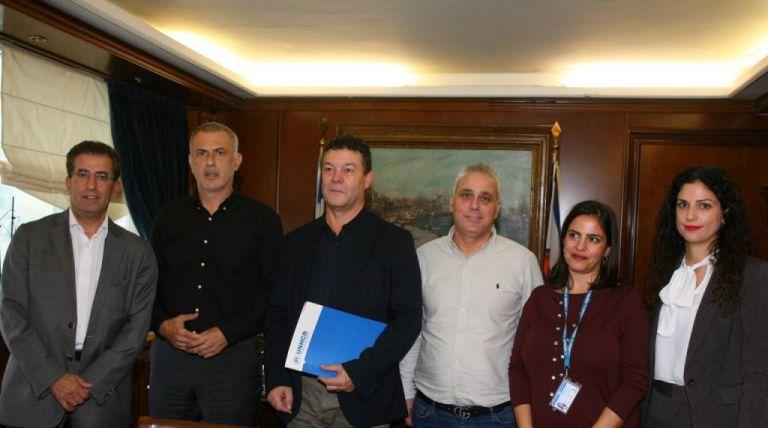 Γ. Μώραλης : Συνάντηση με τον επικεφαλής της Υπατης Αρμοστείας του ΟΗΕ   tovima.gr