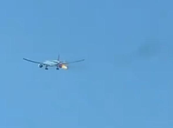 Λος Άντζελες: Αναγκαστική προσγείωση μετά από φωτιά σε κινητήρα αεροσκάφους | tovima.gr