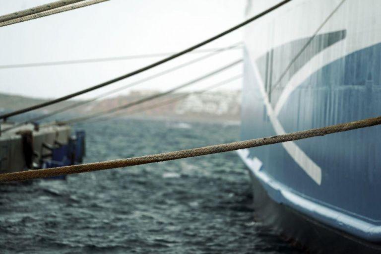 Δεμένα τα πλοία σε Κεφαλονιά – Ζάκυνθο λόγω των θυελλωδών ανέμων | tovima.gr