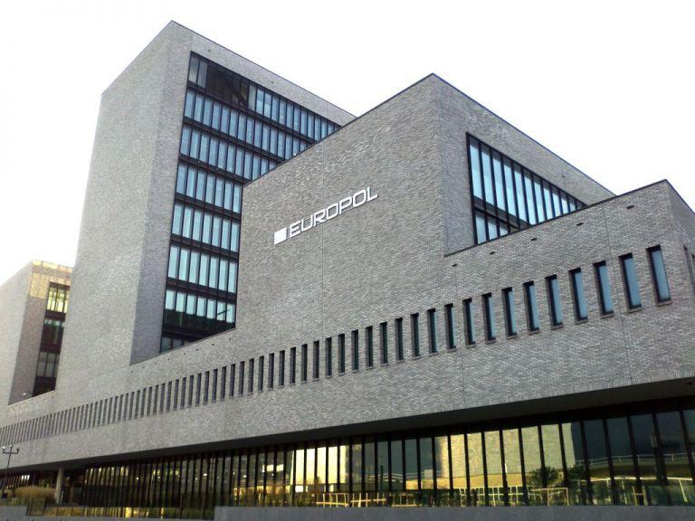 Europol : Περιορίσθηκε η παρουσία του ISIS στο Ιντερνετ | tovima.gr