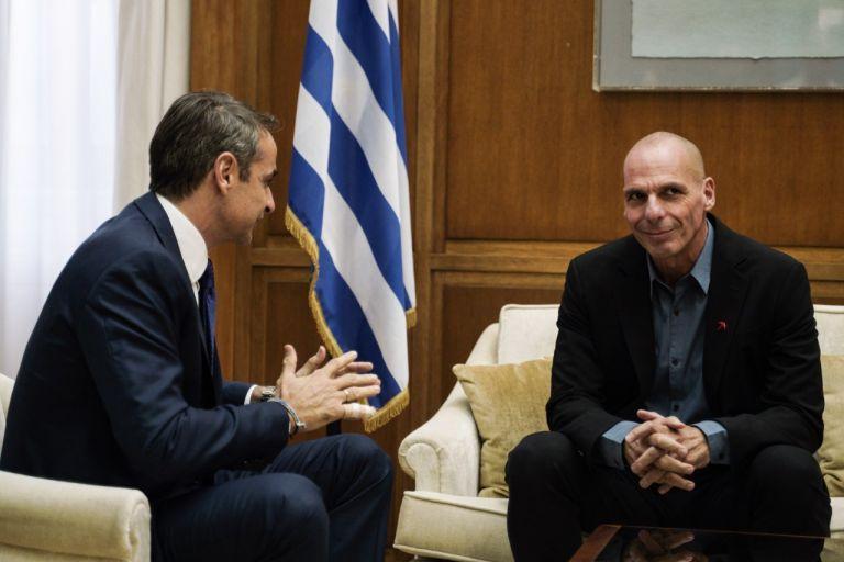Ο Μητσοτάκης, ο Τσίπρας και ο Βαρουφάκης | tovima.gr
